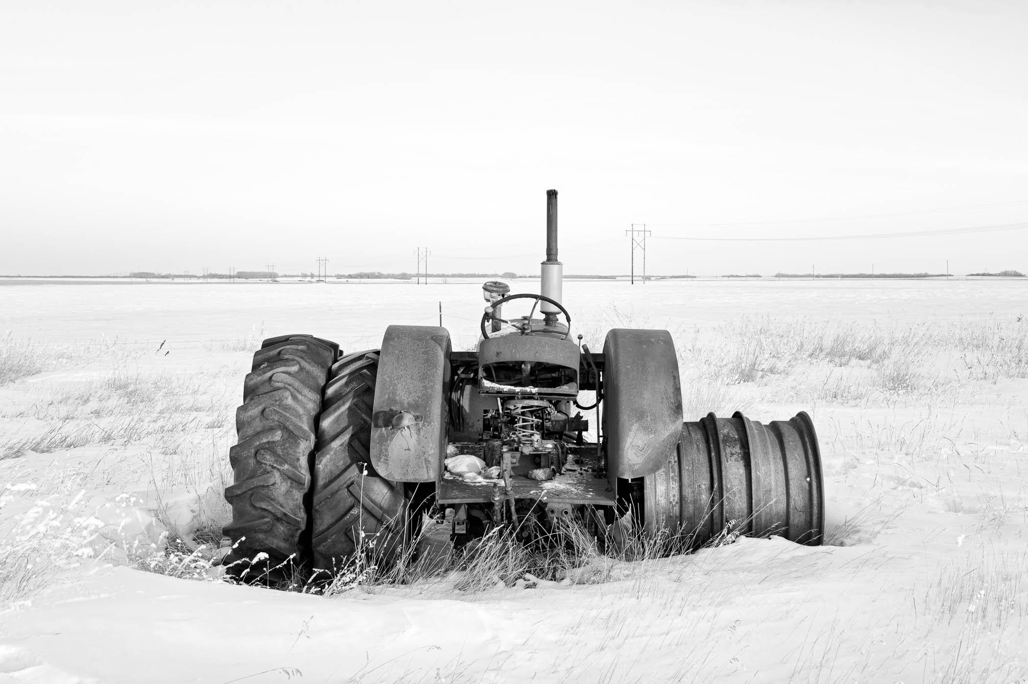 Tractor Minus Wheels
